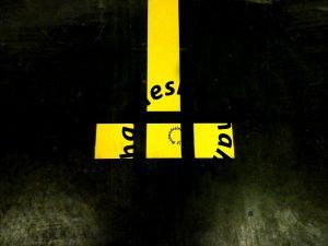 rightel 300x225 - نمونه کارهای خط کشی پارکینگ و شماره گذاری و نصب تجهیزات پارکینگ